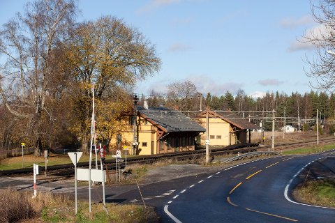 SANERES: Planovergangen ved Seterstøa stasjon, like nord for Årnes.