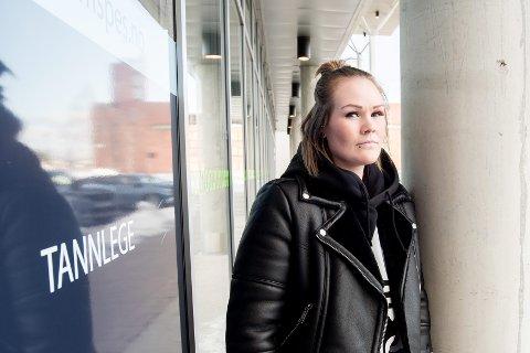 FRYKT: Madeleine Skarsgård er kritisk til at personer med sterk tannlegeskrekk ikke lenger får refundert utgifter hos privat tannlege. FOTO: VIDAR SANDNES