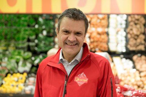SELGER SMÅGODT: Extra-sjef Christian Hoel.  Foto: Paul Weaver