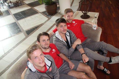 BYR PÅ SEG SELV: Thor Lange (t.v.), Martin Trøen, Sindre Mauritz-Hansen og Kristian Jahr.