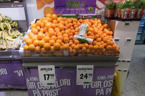 FULL KRIG: Prisen på appelsiner faller, mens debatttemperaturen stiger i norsk dagligvarebransje for tiden. Foto: Paul Weaver, Nettavisen
