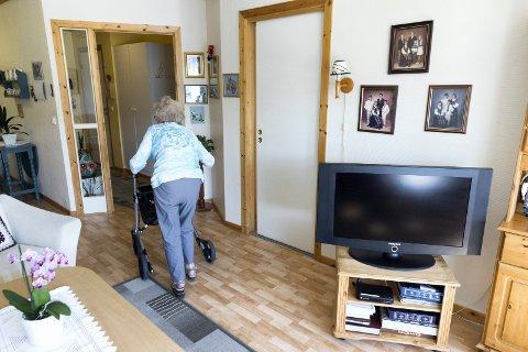 STORT BEHOV: Skedsmos 187 bemannede omsorgsboliger er ikke nok til å dekke behovet. Mange bekymrede eldre og pårørende reagerer på at de får avslag på omsorgsbolig. Illustrasjonsfoto: NTB scanpix