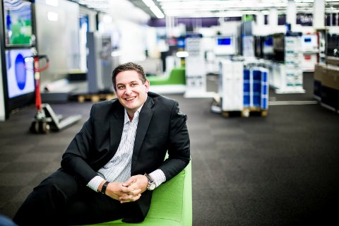 VOKSER: Fredrik Tønnesen (34) leder et Elkjøp i solid vekst.