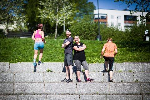 GRATIS TRENING: Espen Bakke og Nina Albertsen arrangerer gratis trening en gang i uka, og flere benytter seg av lavterskeltilbudet.