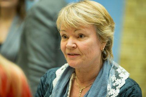 RYSTET: Stortingsrepresentant Kari Kjønaas Kjos (Frp) fra Lørenskog nøler ikke med å karakterisere barnevernssaken der Vibeke og Ken kjempet i tre år for å få tilbake datteren som et overgrep. Hun mener lokalpolitikerne nå har et ansvar for å rydde opp. Foto: NTB scanpix