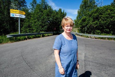 Ordfører Ragnhild Bergheim i Lørenskog mener det er uheldig at enkelte beboere i Lørenskog må betale bompenger inn til egen eiendom.
