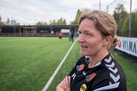 SPENNENDE TANKE: Flere har ytret sine meninger i sosiale medier om ny trener i LSK, og Hege Riise blir hyppig nevnt som en kandidat. Foto: Vidar Sandnes