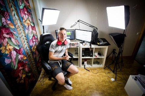 """VIL FÅ FLERE UNGE TIL Å BIDRA: Emil Saglien Ruud (16) har startet organisasjonen """"Unge Mot Kreft"""", som skal bidra til at flere unge skal starte kreative innsamlingsaksjoner for Kreftforeningen."""