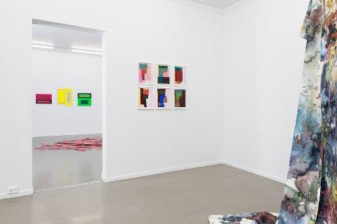 Hennie Ann Isdahl, Esther Maria Bjørneboe og Kiyoshi Yamamoto, i utstillingen Et maleri er et dikt uten ord.