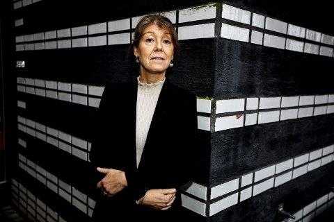 Har ikke tro på fortsatt avissatsing: Heidi Lippestad, kommunikasjonssjef i Lillestrøm kommune, er enig med innbyggerne i at det ikke er noe poeng i at kommunen skal gi ut avis på papir. FOTO: TOM GUSTAVSEN