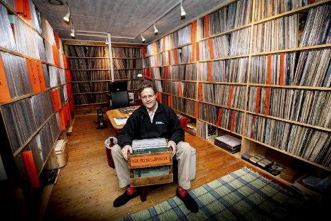 LIDENSKAP: Her dyrker han lidenskapen: I dette rommet dyrker skogeier og eiendomsutvikler Haaken Eric Mathiesen sin lidenskap for musikk.