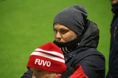 I TENKEBOKSEN: Fu/Vo-trener Martin Wiker avslører at han ikke er sikker på om han fortsetter som trener for Fu/Vo i neste års 3. divisjon.