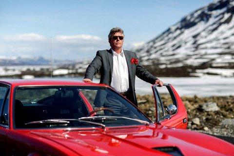 SPESIELT: Bjarne Reistad i bilorganisasjonen AMCAR håper folk vil bruke 20-årsregelen til å hente inn biler som ikke finnes i Norge.  FOTO: Privat /