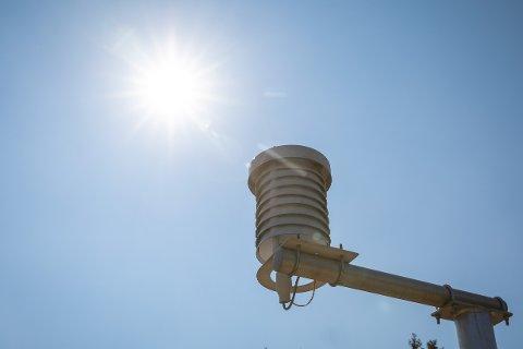 Temperaturmåler hos Meteorologisk institutt på Blindern i Oslo torsdag.