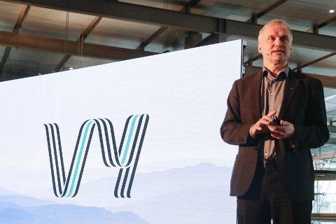 LANSERTE NYTT NAVN: Geir Isaksen var med på å lansere det nye navnet Vy for det tidligere NSB.