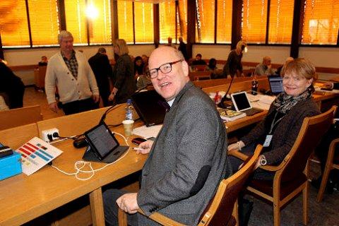 GJENVALGT: Ordfører Ragnhild Bergheim (Ap) og varaordfører Ernst-Modest Herdieckerhoff (MDG) er gjenvalgt for fire nye år.