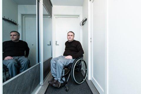 KRITISK: Joakim Taaje reagerer sterkt på en rekke faktorer ved rådmannens foreslåtte budsjett. Han mener mennesker med nedsatt funksjonsevne er glemt i prosessen.