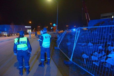 ALVORLIG SKADD: En mann i 40-årene ble fraktet til Ullevål sykehus etter å ha blitt påkjørt av en kompis på Skedsmokorset.