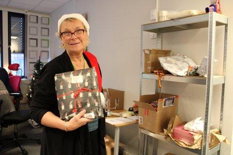 Kun noen få gaver er igjen etter massiv innsats fra pakkedetektiv Åse Lerfald, ansatte i posten og privatpersoner.