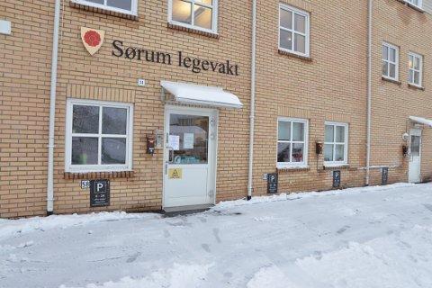 ØNSKET: Arbeiderpartiet, Senterpartiet, MDG, KrF og SV går inn for å bevare legevakta på Sørumsand. Svaret faller først i midten av desember.