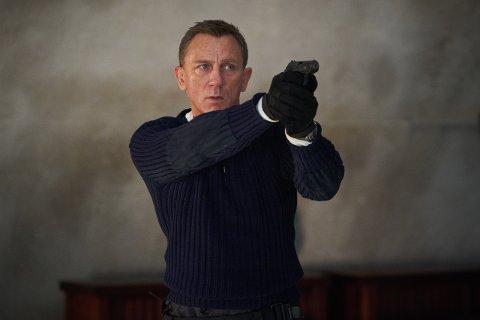 I NITTEDAL? : Ingen vet helt sikkert om Daniel Craig som spiller James Bond selv tok turen til Nittedal. Det avslører heller ikke traileren.