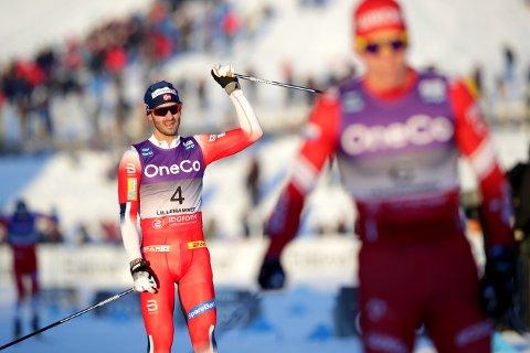– EN GOD DAG: Hans Christer Holund jubler for andreplassen under herrenes verdenscup 30 km skiathlon på Birkebeineren skistadion i Lillehammer. Foto: Stian Lysberg Solum / NTB scanpix