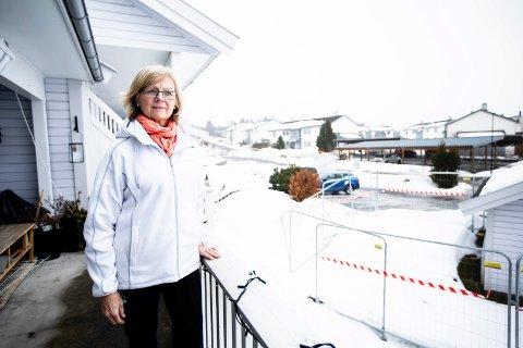 Ikke fornøyd: Marianne Mikkelsen og de 21 andre beboerne på Holt Vestvollen sier nei til tilbudet fra kommunen om innløsning.