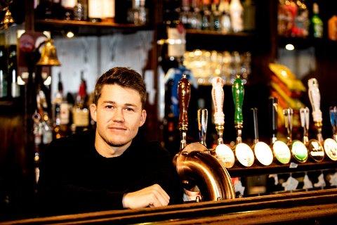 Overtar: Martin Martinsen overtar driften av den eldste puben i Lillestrøm, og røper at han har planer om flere endringer. FOTO: TOM GUSTAVSEN