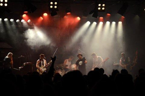 Siste gangen svenske Bo Kaspers Orkester spilte på Romerike var under Jessheimdagene i 2014. Nå kommer de til Nebbenfestivalen. Foto: Vidar Sandnes