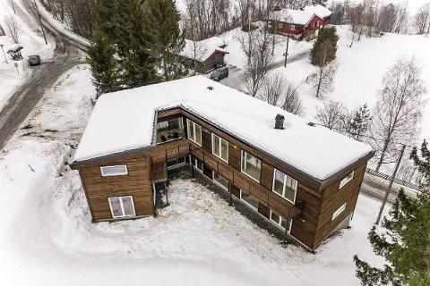 FORMET ETTER TOMTA: Arkitekten har formet huset etter den trekantede tomta.
