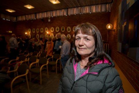 BEKYMRET: Gro Wollik har 13 barnebarn og fem barn boende i området. Hun er bekymret for sikkerheten deres.
