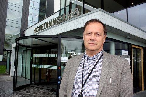 RETT VURDERING: Pål Wiik ved Akershus Universitetssykehus mener det er bra at man stopper metodebruken.