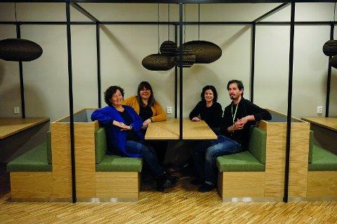 Nina Kongtorp, Mette Rysjedal, Carina Loe Ekrem og Richard Szubinski ser frem til å åpne Veiviseren for publikum om kort tid.