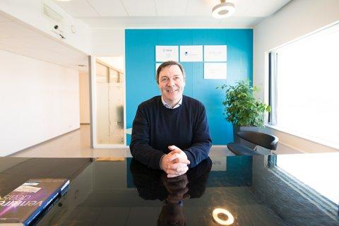 SNUOPERASJON: Etter år med store tap og nedbemanning kan adm. dir. Ralph W. Bernstein rekrutterer nye ansatte igjen.