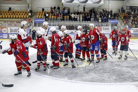 Sto igjen som seierherrer: Lørenskog Unified-lag scoret hele 14 mål på landslaget onsdag. Alle foto: Fredrik Hagen, Norges Ishockeyforbund