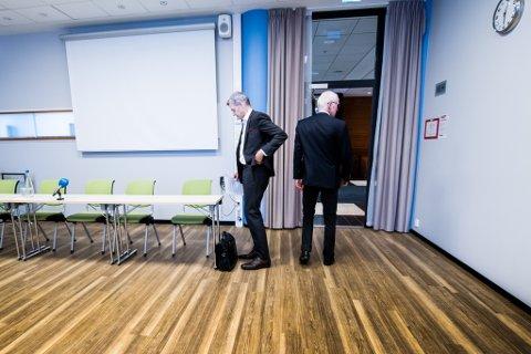 BESLUTNINGEN ER TATT: Administrerende direktør ved IFE, Nils Morten Huseby (t.v.) og styreleder Olav Fjell sier stemningen blant de ansatte er vemodig, men ok.