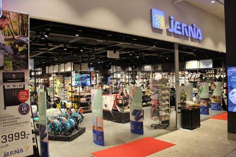 Jernia-butikkene vil heretter selge mer tjenester.