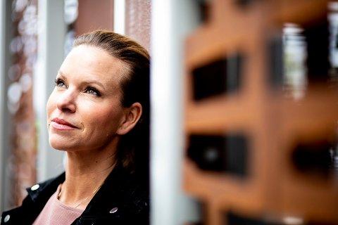 SER FRAMOVER: Anette Lie (40) ser framover etter mange år som ME-pasient. Nå tar hun til orde for omstridt behandling som hun mener gjorde henne frisk.