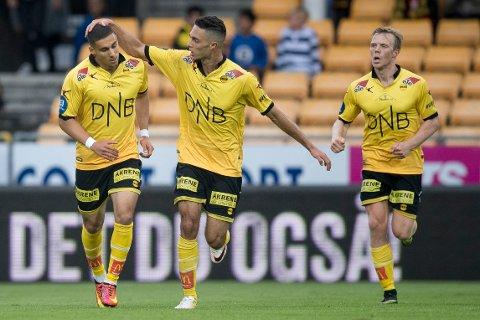 3-4: I 2016 scoret LSK tre ganger mot Rosenborg i andre omgang. Men ved pause sto det 0-4. Her feirer Lillestrøms Mohamed Ofkir (t.v)  reduseringen til 3-4 med Bassel Jradi. Erling Knudtzon som også scoret i kampen i bakgrunnen.