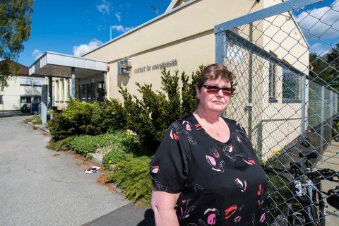 Bekymring: – Bekymringen er stor blant mange Ife-ansatte, sier NTLs Anniken Solvang, her på vei inn i allmøte ved onsdag ettermiddag.