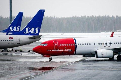 VARSLER FLYSKATT: EU-kommisjonen planlegger en co2-avgift for internasjonale flyvninger, viser et lekket notat fra EU-kommisjonen