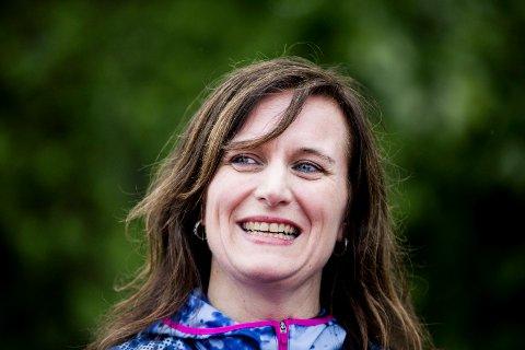 SKJØNNLITTERÆR DEBUT: Nina Hanssen har skrevet seks bøker tidligere, men med «Den siste flamingo» debuterer hun som skjønnlitterær forfatter. Men boka inneholder også noen gode råd.