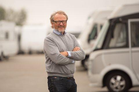 Ikke et kjøretøy: Geir Holm i Norges Caravanebransjeforbund sier at bobilen ikke er et kjøretøy, men et feriekonsept.
