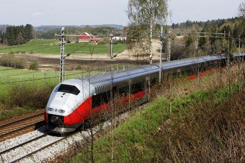 EN NY VÅR FOR TOGET: Interrail og togferie har fått en ny vår. I sommer reiste rekordmange nordmenn på ferie i Europa med tog.
