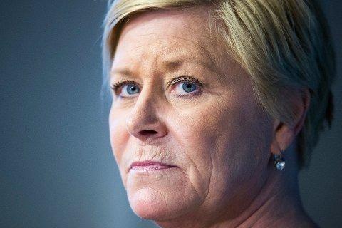 BØR STRAMME INN: Finanstilsynet mener finansminister Siv Jensen (Frp) bør stramme inn på hvor mye du kan låne. Foto: Håkon Mosvold Larsen (NTB scanpix)