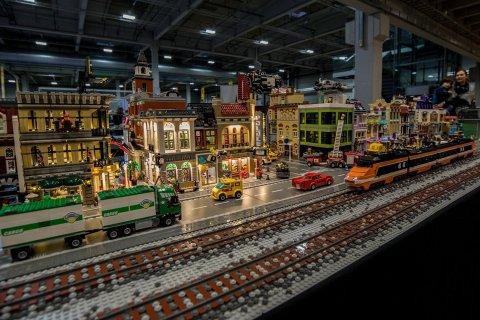 LEGO: Barnas helg på Norges Varemesse i Lillestrøm blir ikke arrangert i år. – Vi kommer sterkt tilbake, forsikrer gründer og konseptutvikler Julius Solheim.