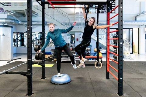 Nok er nok: RB-journalistene Elisabeth Johnsen og Britt Hoffshagen kan ikke huske sist de trente, og drømmer om mer overskudd, energi og en sterkere og strammere kropp. – Nå er det på tide å ta litt bedre vare på seg selv og ta grep. Hvis du føler det som oss, vil vi gjerne ha deg med, sier de.