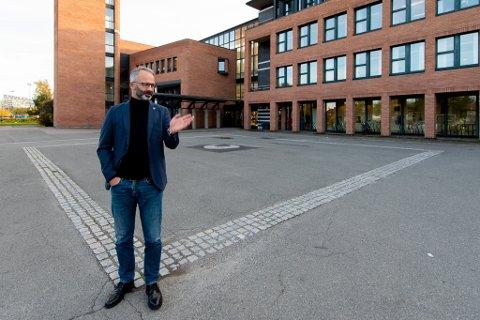 UØNSKET: Ordfører Jørgen Vik (Ap) er klar på at han ikke ønsker kriminelle klubber i Lillestrøm kommune. Nå håper han det vil bli politisk flertall for å sende et tydelig signal.