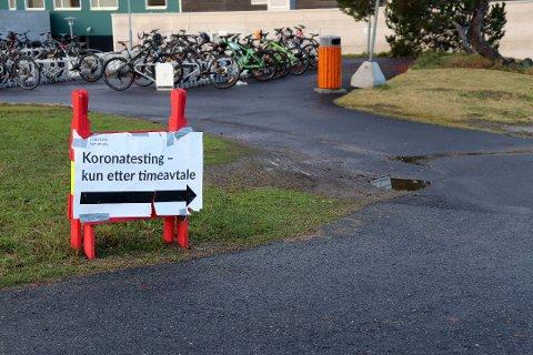 MØTER IKKE OPP: I Lillestrøm og andre kommuner er det stor pågang for å få testet seg. Likevel er det mange som ikke møter opp til oppsatt tidspunkt for å få tatt test.