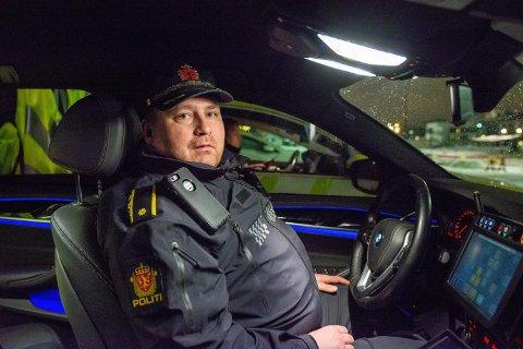 PÅ JOBB: Gruppeleder for Utrykningspolitiet på Romerike, Ante Klemetsen og hans kolleger avdekket en rekke sjåfører som nå er mistenkt for ruskjøring lørdag.
